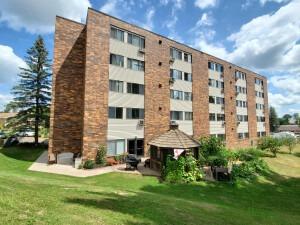 Hillside Manor East